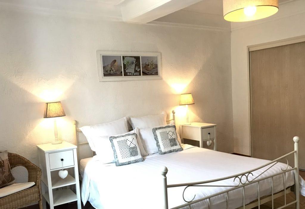 market apartment bedroom